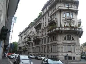 23E - La facciata su via Cappuccini